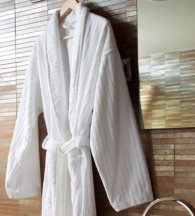 Tundido Bathrobe